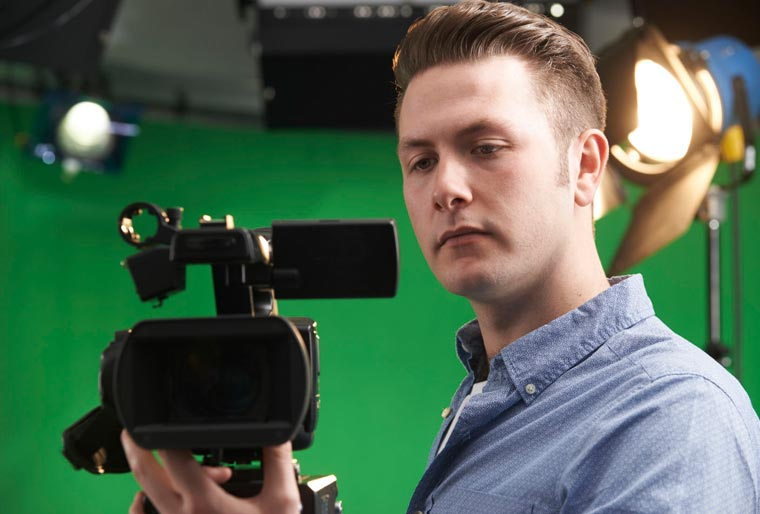 tournage-film-vidéo-camera-motion-design-pole-audiovisuel