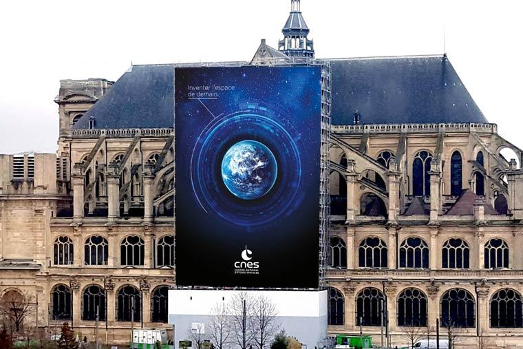 Affichage-bache-CNES-agence-communication-PARIS